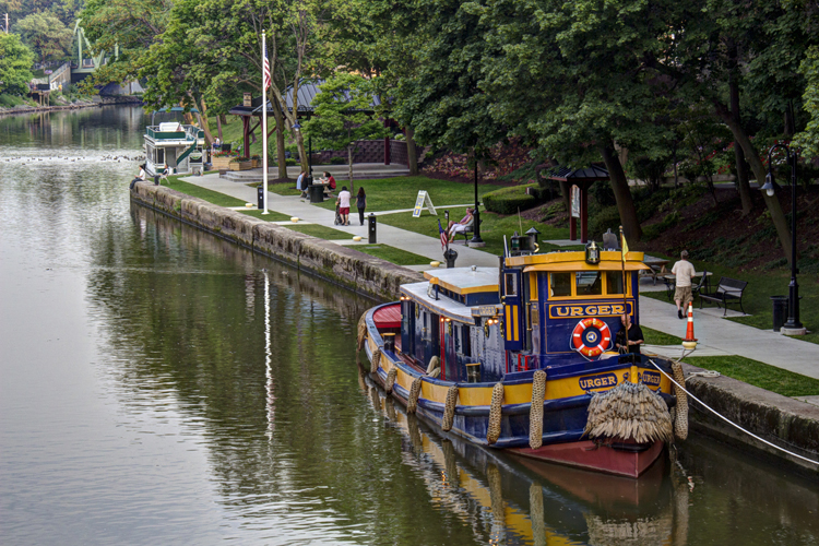 CanalBoatHDR_blog
